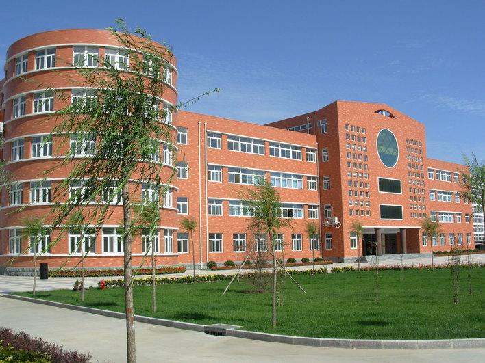 某小学教学楼图片