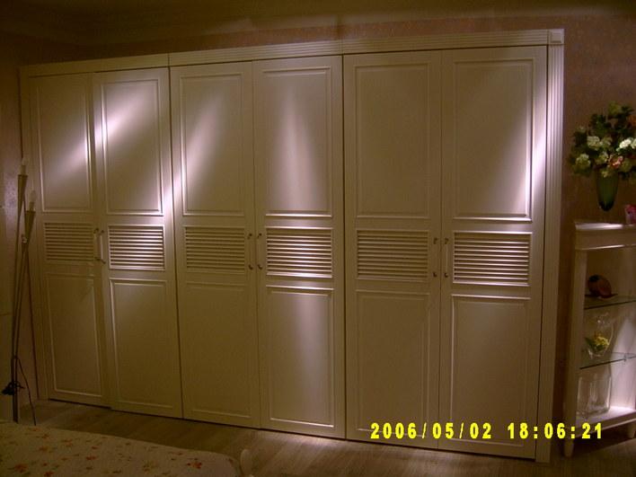 美式衣柜图片