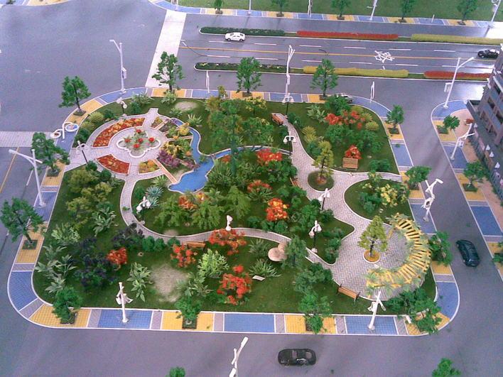 小公园平面图