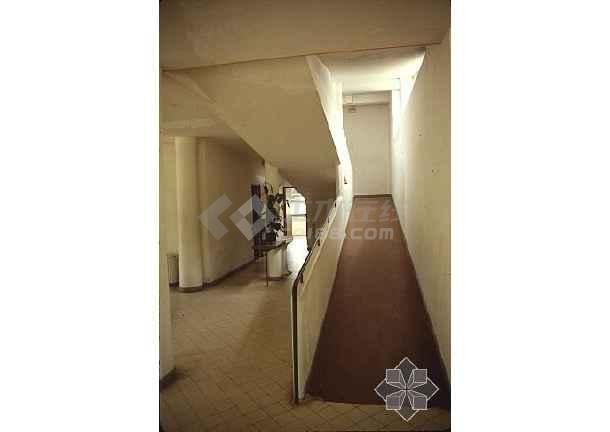 柯布西耶(大连萨伏伊别墅)瓦房店巴黎别墅图片